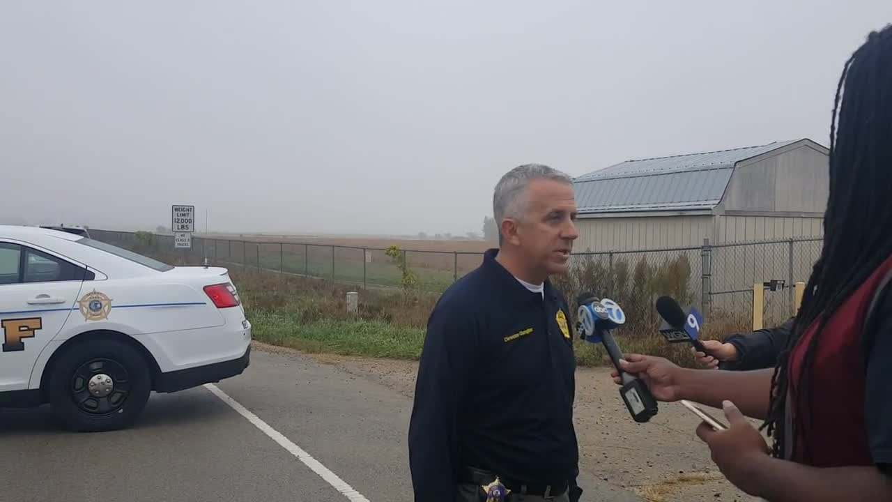 Kane County Sheriff's Office spokesman Lt. Pat Gengler provides a description of what occurred when a plane went down in a Sugar Grove corn field on Oct. 6